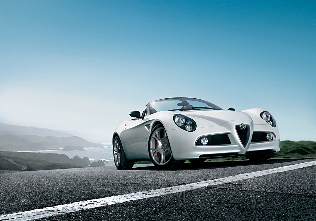Alfa romeo 8c top speed