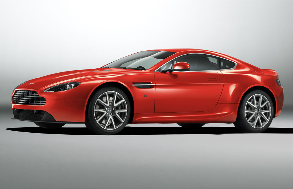 2013 Aston Martin V8 Vantage Coupe Photo 3 12110