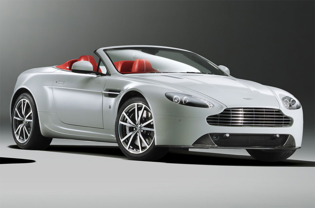 2013 Aston Martin V8 Vantage Roadster Photo 2 12110
