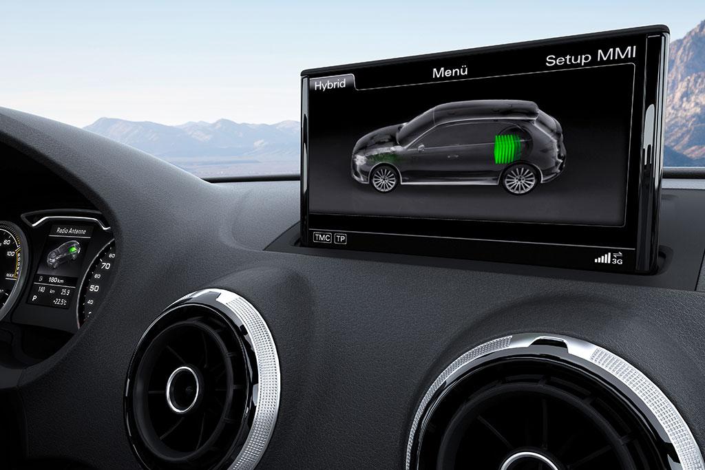 2014-Audi-A3-e-tron-13.jpg