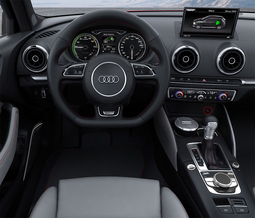 2014-Audi-A3-e-tron-3.jpg