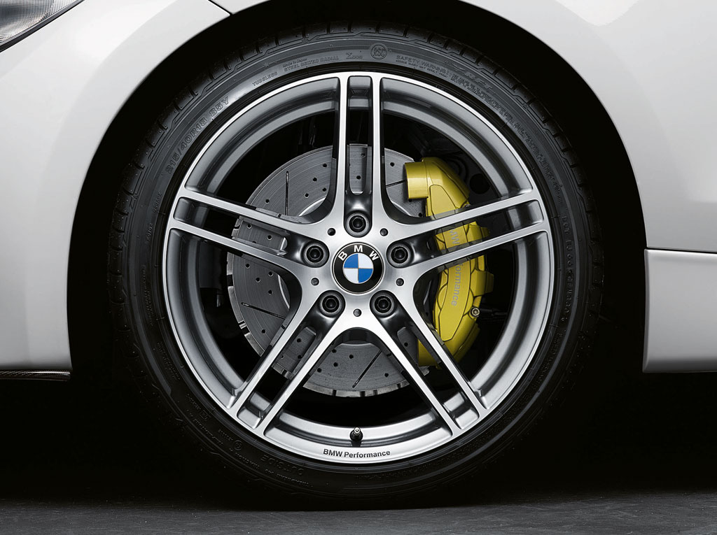 cc5aca2dc4c BMW 335i 135i Performance Kit Photo 2 5388