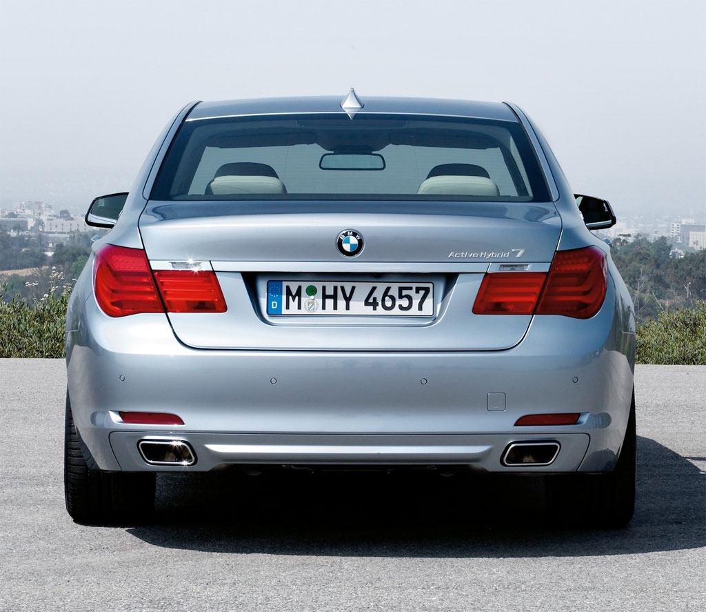 Stunning BMW ActiveHybrid 7 1024 x 887 · 149 kB · jpeg