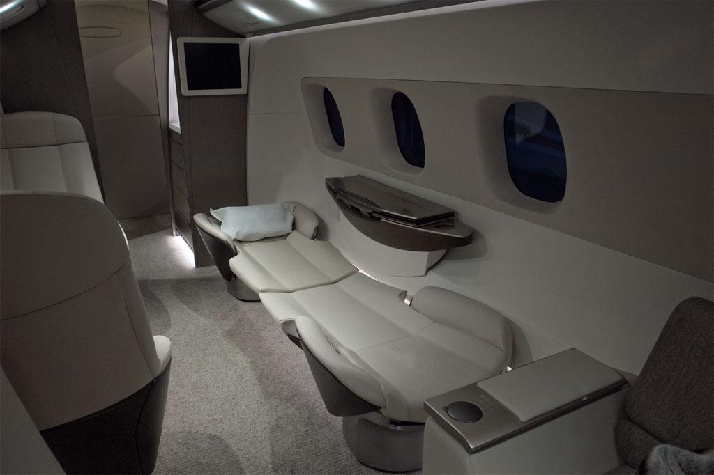 Bmw Embraer Interior Photo 3 1391