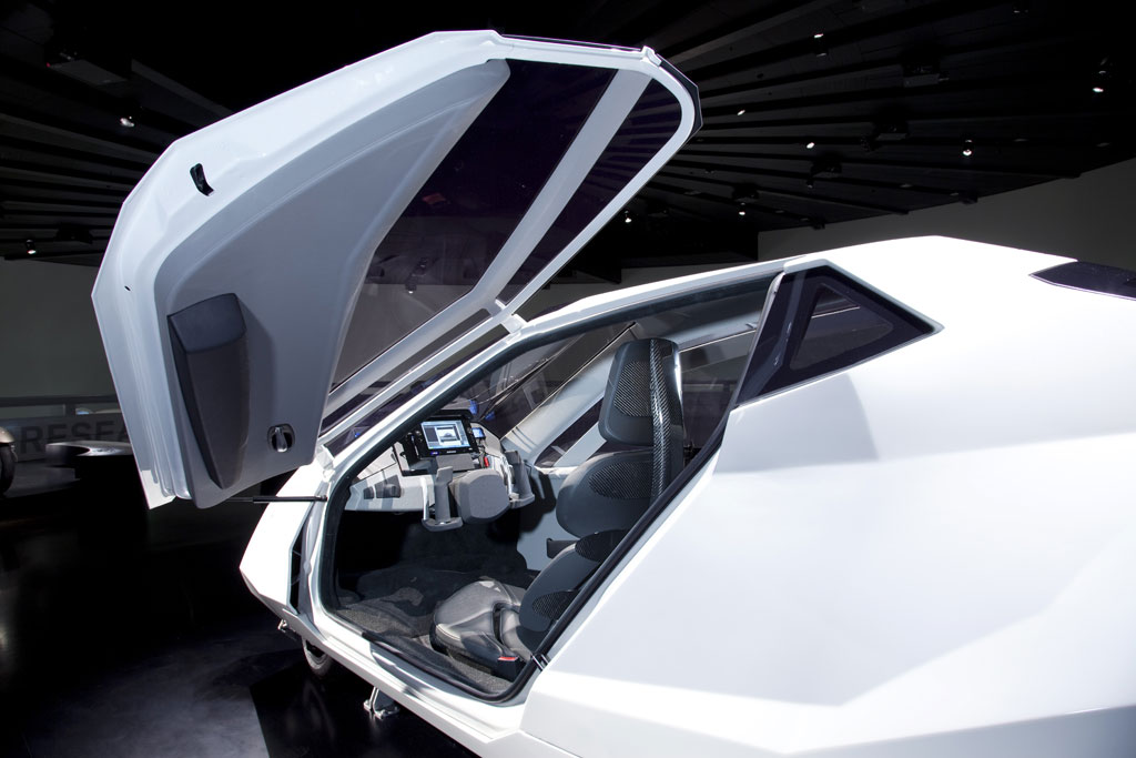 BMW Simple 2.jpg