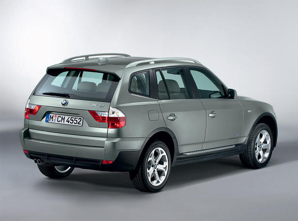 2009 bmw x3 first details and photos. Black Bedroom Furniture Sets. Home Design Ideas