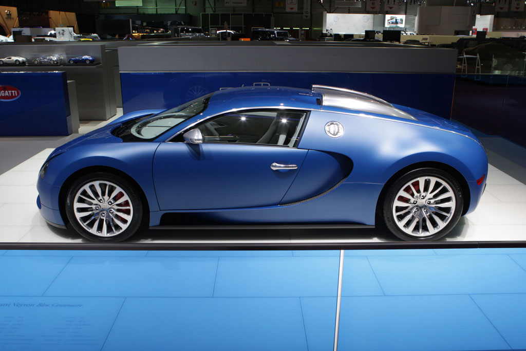 bugatti veyron bleu centenaire photo 3 5553. Black Bedroom Furniture Sets. Home Design Ideas