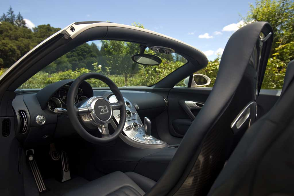 bugatti veyron grand sport photo 21 10112. Black Bedroom Furniture Sets. Home Design Ideas