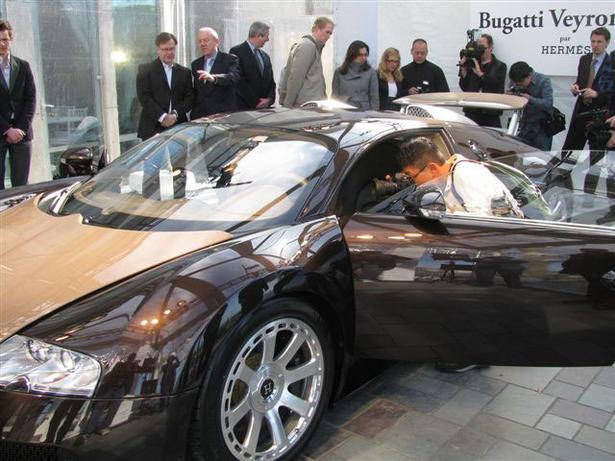 bugatti veyron fbg par hermes in new york. Black Bedroom Furniture Sets. Home Design Ideas