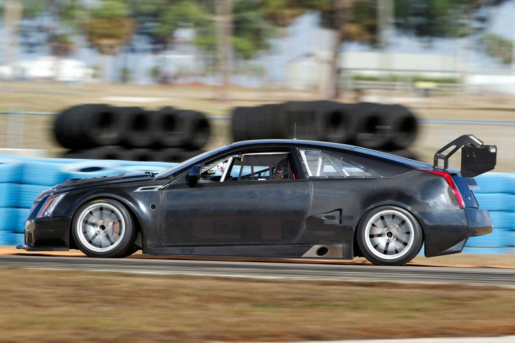 Cadillac Cts V Coupe Race Car Photo 17 10425