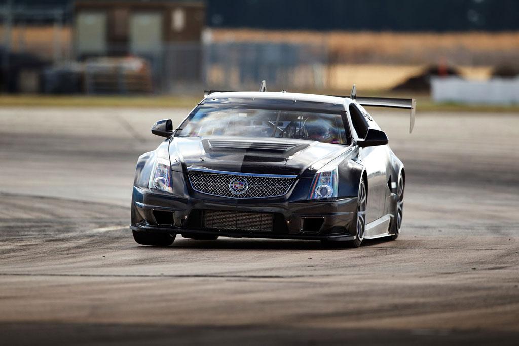 Cadillac CTS V Coupe Race Car Photo 22 10328