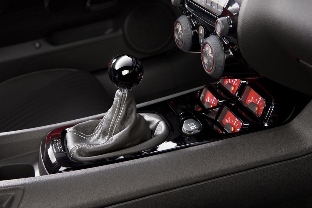 2010 Chevrolet Camaro Accessories Photo 5 4677