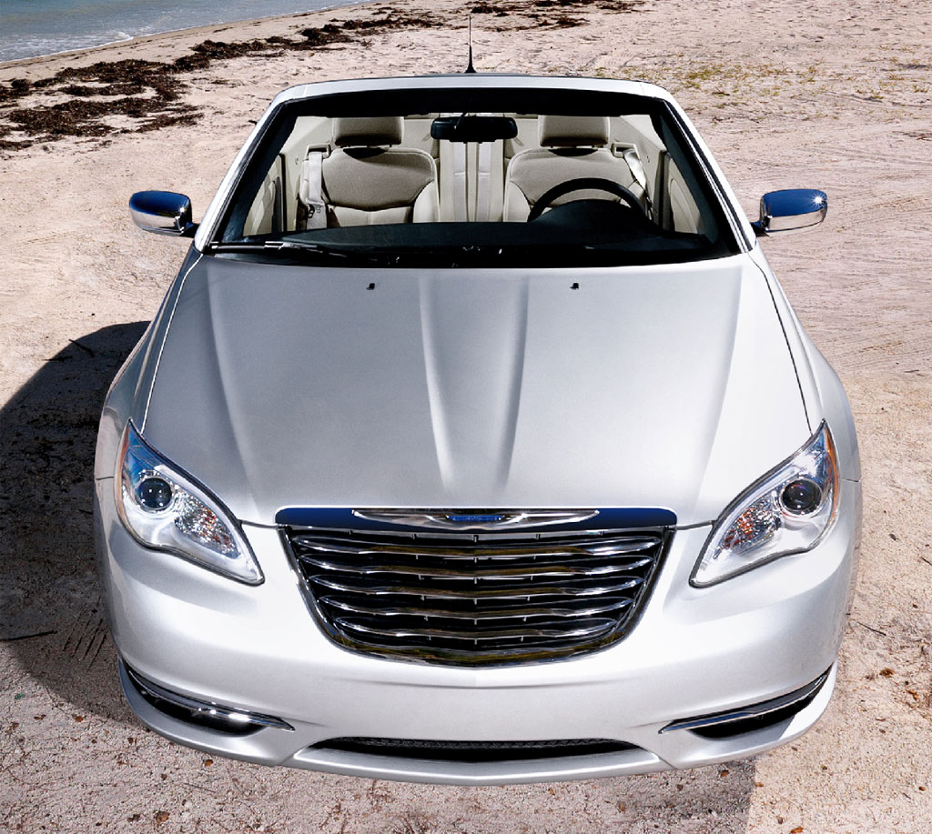 2011 Chrysler 200 Convertible Photo 3 10414