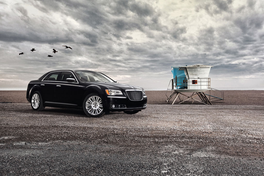 2012 Chrysler 300C SRT8 Info Photos - Image 13