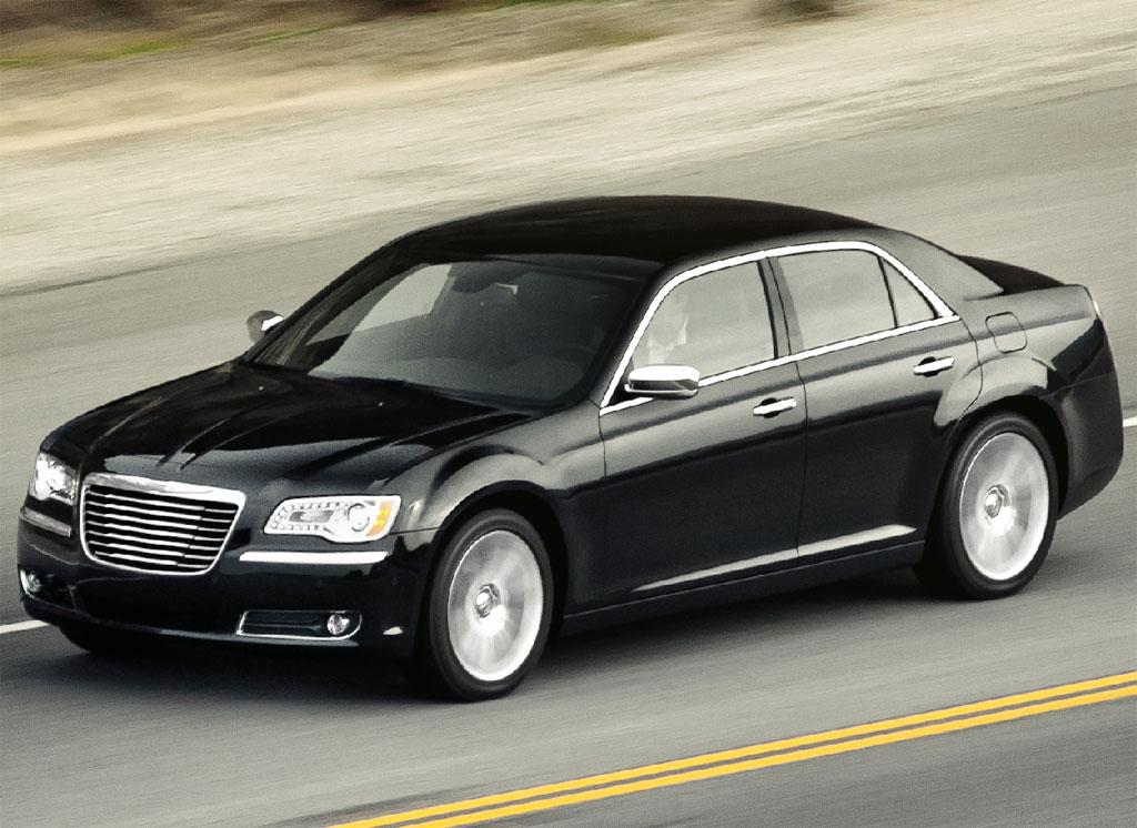 2012 Chrysler 300C SRT8 Info Photos - Image 17