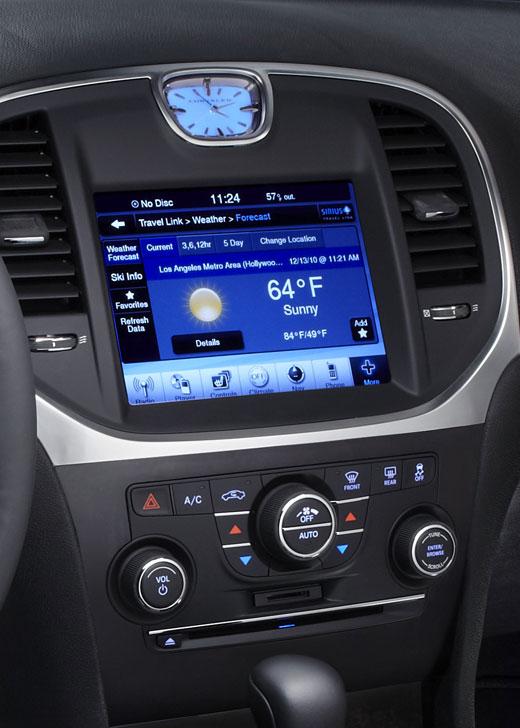 2012 Chrysler 300C SRT8 Info Photos - Image 34