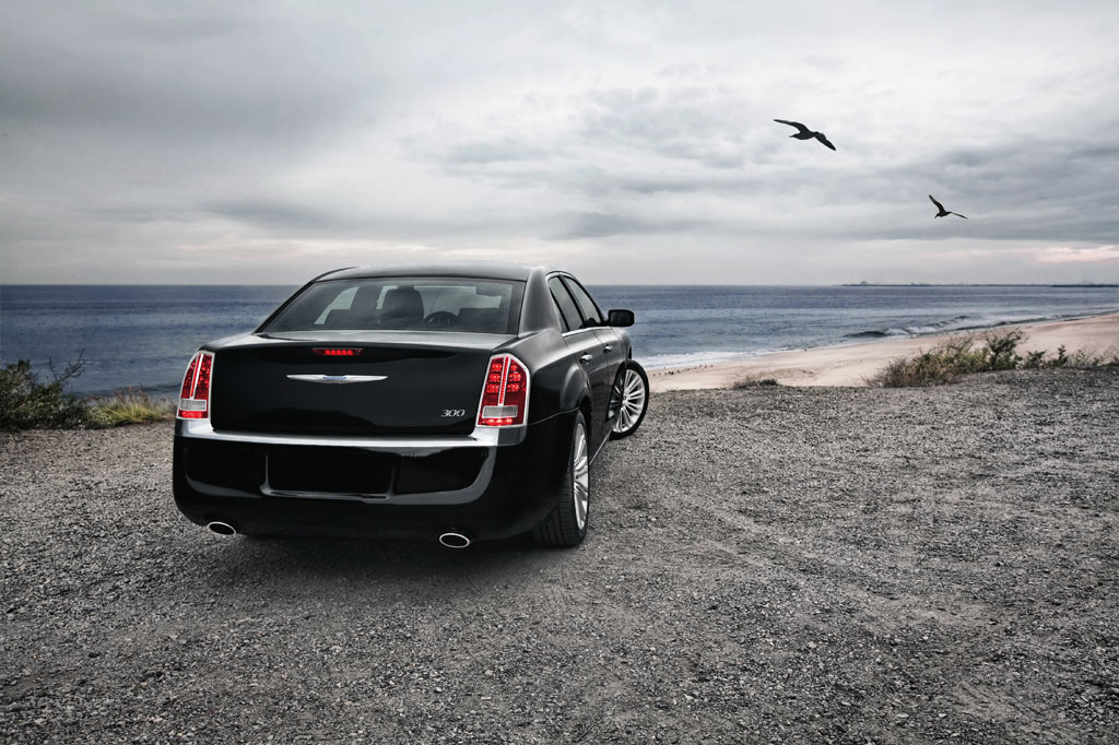 2012 Chrysler 300C SRT8 Info Photos - Image 6