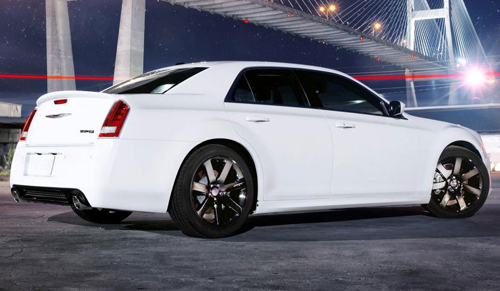 2012 chrysler 300 srt8 photos image 9. Cars Review. Best American Auto & Cars Review