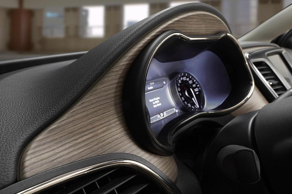 Alfa romeo car commercial 14