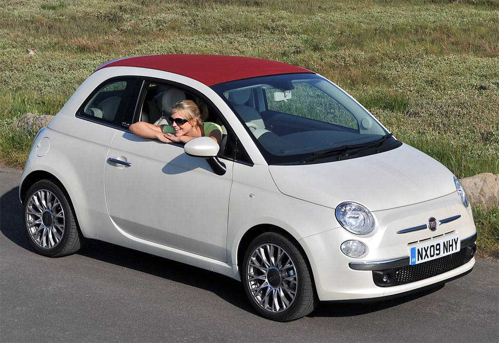 facelifted 2016 fiat 500 spied on a truck page 2. Black Bedroom Furniture Sets. Home Design Ideas