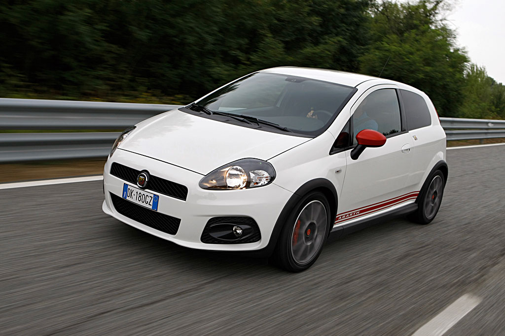 fiat punto supersport html with Fiat Grande Punto Abarth 18 on Desenhos De Carros Para Pintar as well Citroen Ds3 Racing further Abarth Punto Evo Esseesse moreover 283 Fiat Punto 2015 Interior Wallpaper 2 furthermore Opel Corsa 1 3 Cdti Ecoflex.
