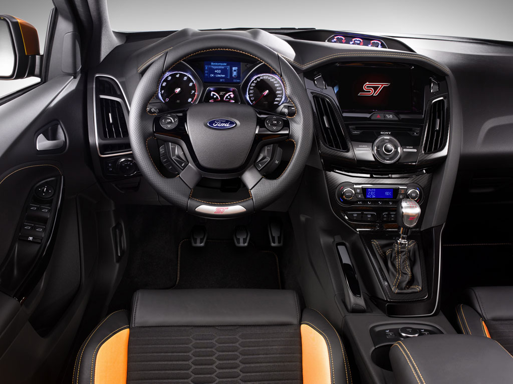 2012 ford focus st photo 3 9322 for Interieur ford focus
