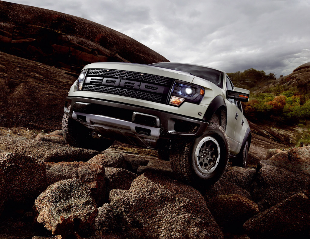 2013 ford f150 svt raptor photo 6 12416. Black Bedroom Furniture Sets. Home Design Ideas
