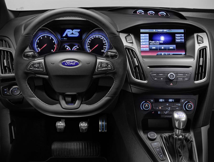 2016 Ford Focus Rs Photo 3 14768