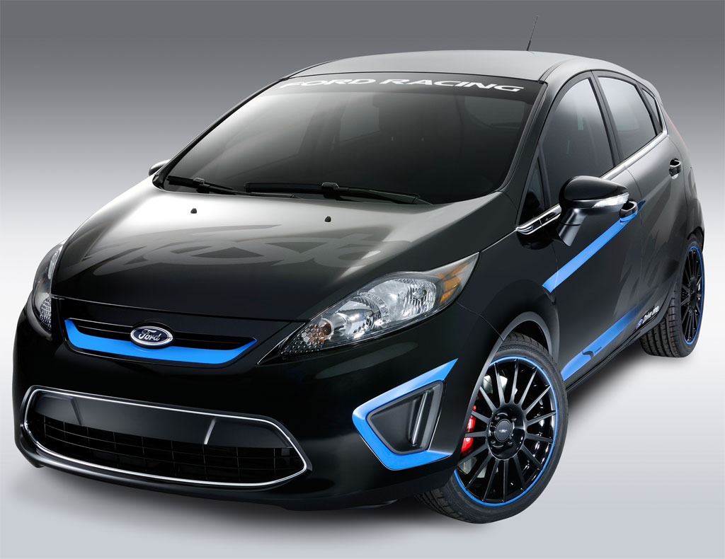 Custom-2011-Ford-Fiesta-LA-3.jpg