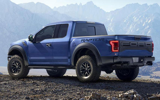 are the full specifications of the 2017 Ford F150 Raptor. ITs price ...