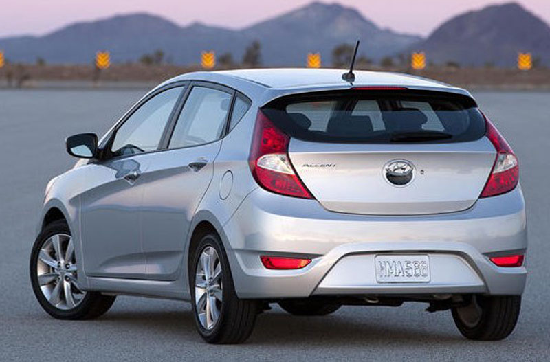 2012 Hyundai Accent Photo 2 10334