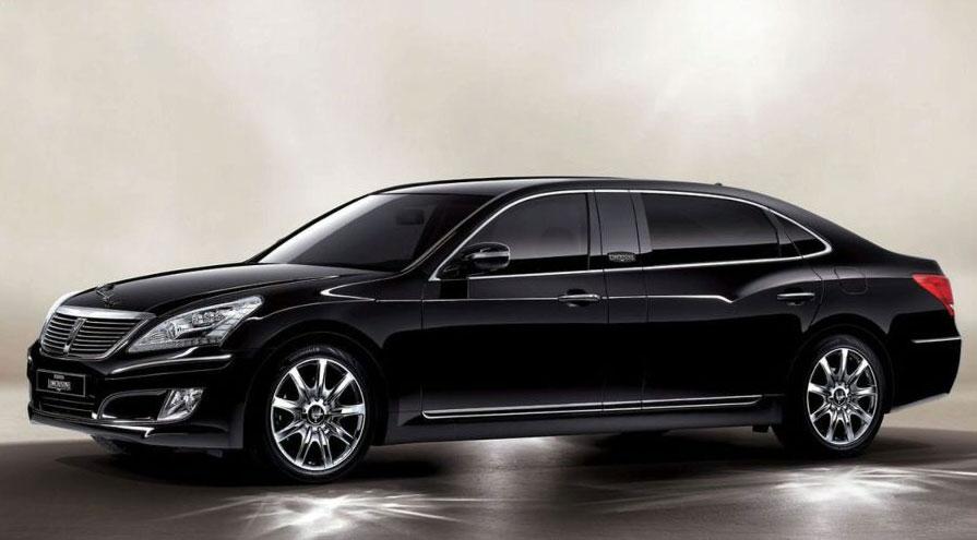 Hyundai EQUUS Limousine 2.jpg