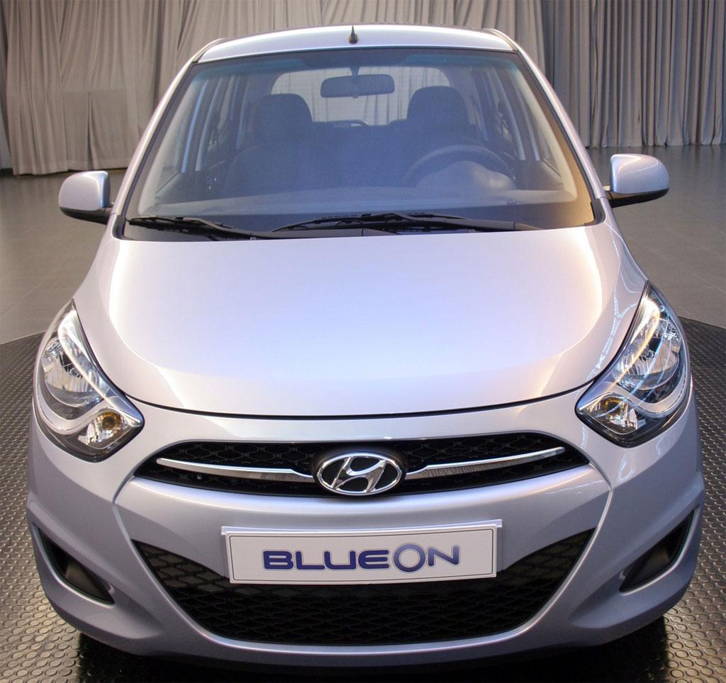 2012 Hyundai Equus Interior: Hyundai I10 Facelift Photo 2 9305