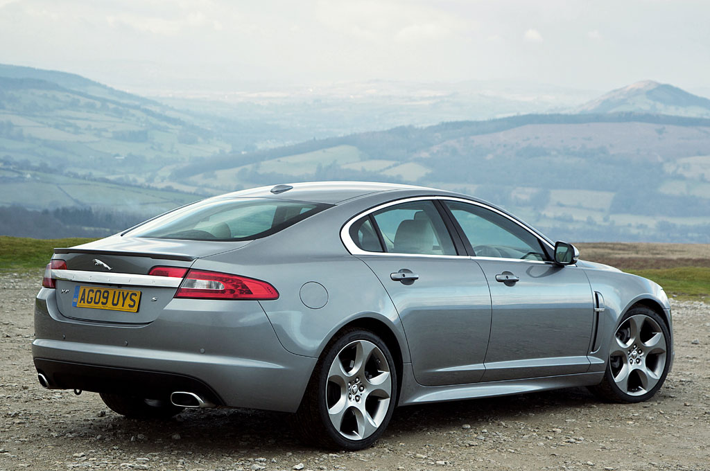 2011 Jaguar Xf S Photo 2 7498