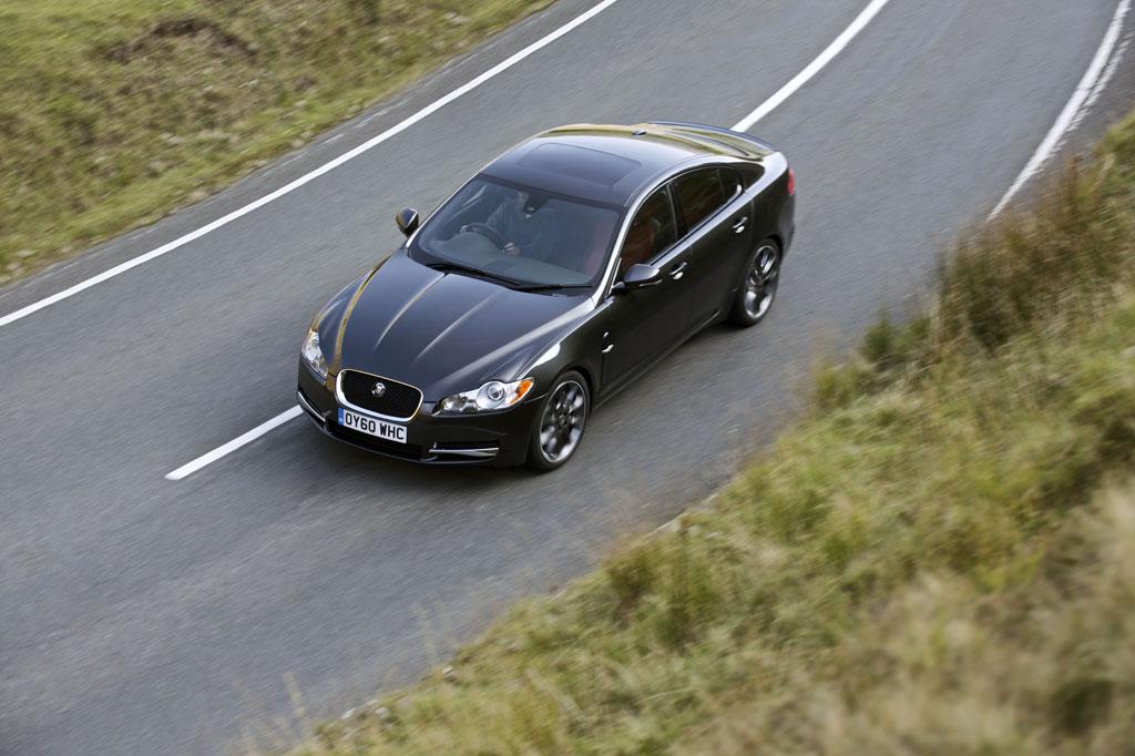 Jaguar Xf Black Pack Photo 18 9885