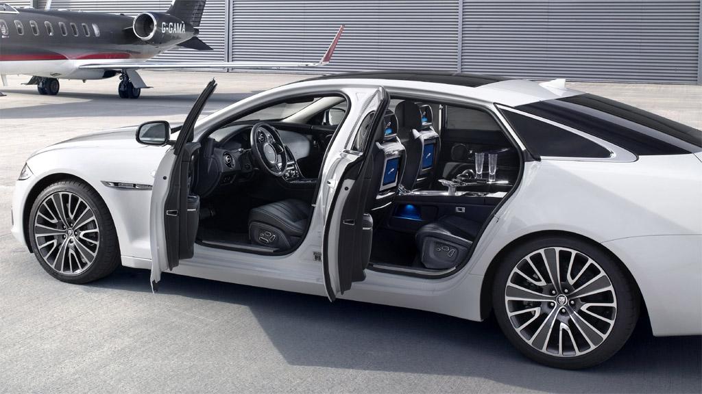 Jaguar XJ Ultimate 15