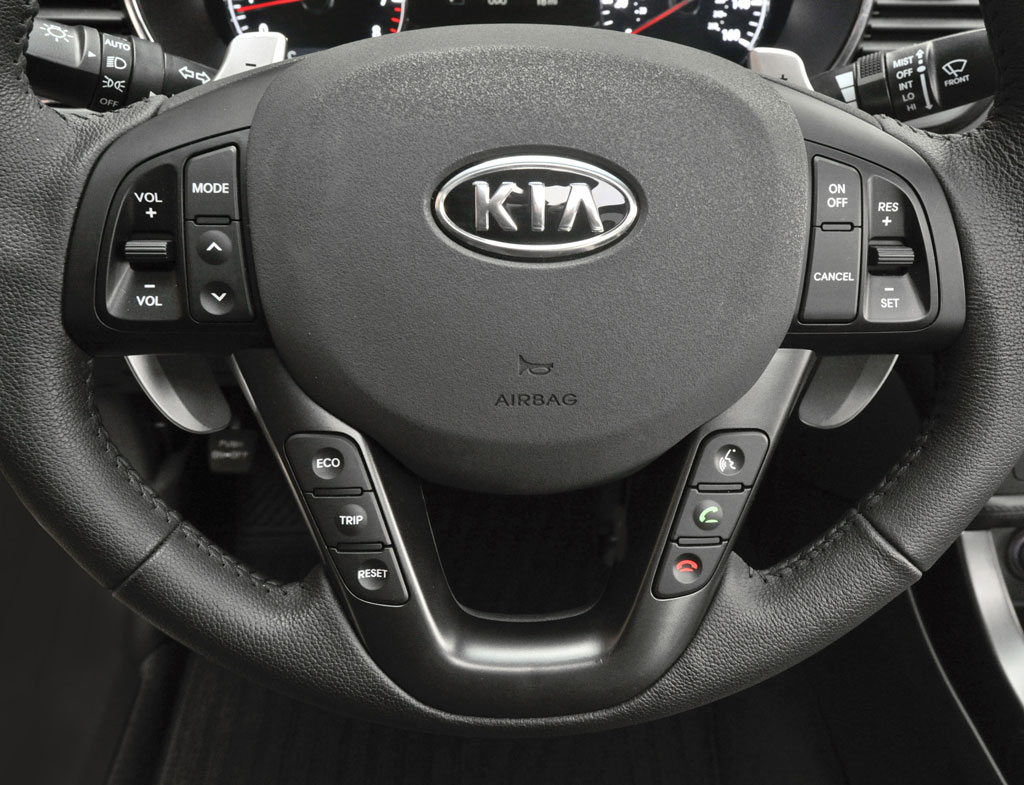 http://www.zercustoms.com/news/images/Kia/2011-Kia-Optima-11.jpg
