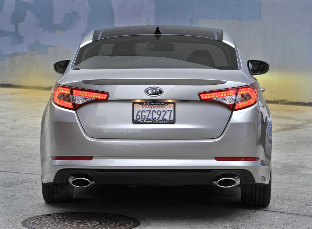 http://www.zercustoms.com/news/images/Kia/2011-Kia-Optima-14.jpg