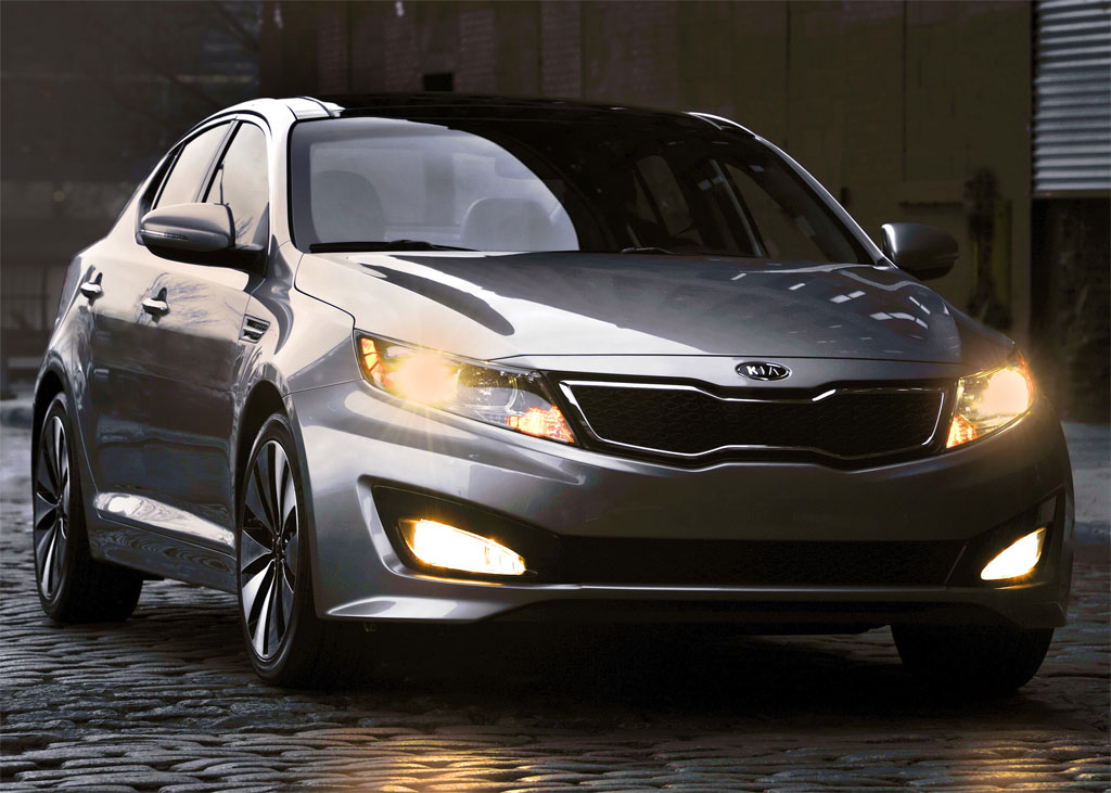 http://www.zercustoms.com/news/images/Kia/2011-Kia-Optima-7.jpg