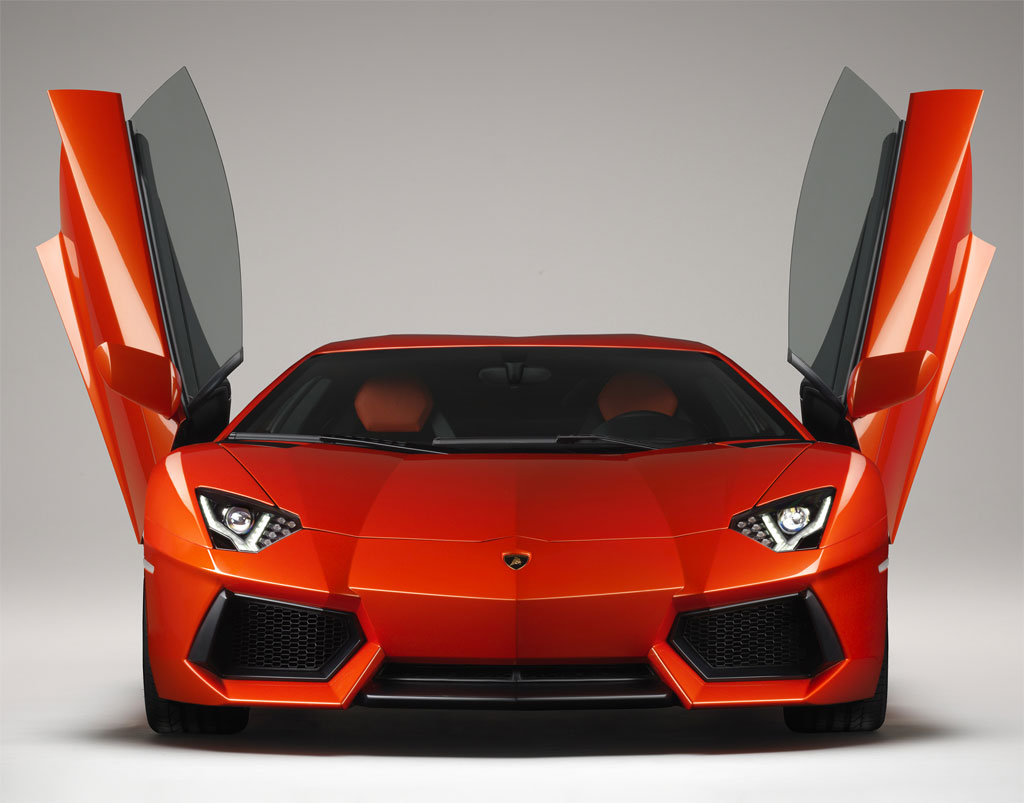 Lamborghini Aventador Photo 3 10664