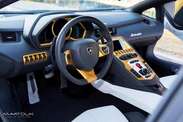 Lamborghini Aventador Gets Gold Treatment For Qatar National Day on gold mercedes, gold lamborghini convertible, gold bmw, gold bugatti, gold lamborghini gallardo, gold koenigsegg agera r, gold lamborghini reventon, gold lamborghini elemento, gold lamborghini countach, gold bentley, gold ferrari, gold honda accord, gold rolls-royce phantom, gold and diamond lamborghini, gold aston martin, gold lamborghini murcielago, gold lamborghini diablo, gold lamborghini egoista, gold toyota camry, gold camaro,