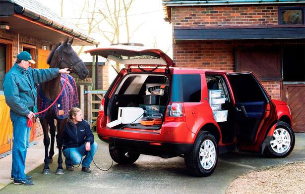 Les voitures pour Femmes Land-Rover-Freelander-2-Commercial