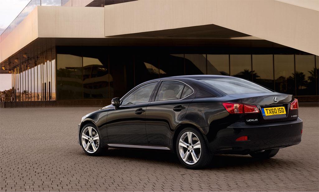 2011 Lexus IS200d 4
