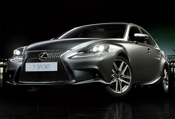 2014 Lexus IS Luxury equipment list: