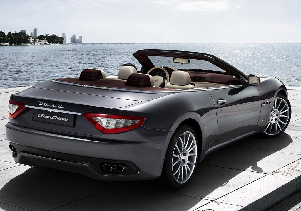2011 Maserati Gran Cabrio Rear View