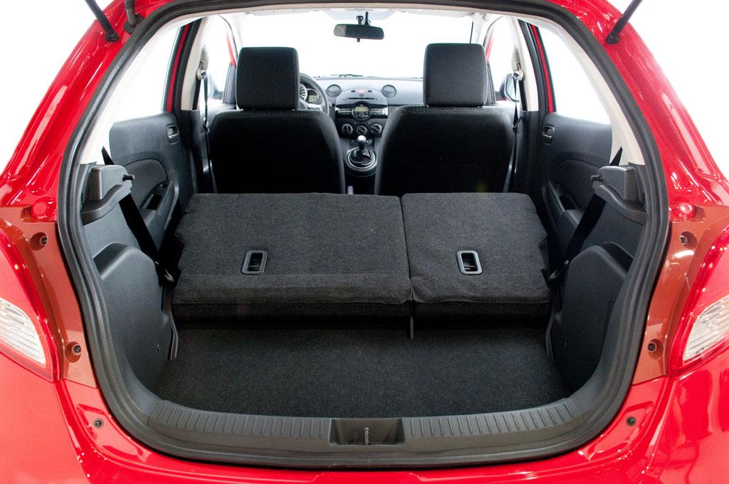 2011 Mazda2 Interior Photo 15 7521