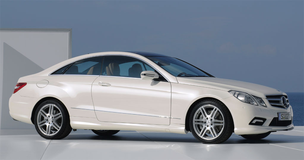 2010 mercedes e class coupe amg photo 1 5385. Black Bedroom Furniture Sets. Home Design Ideas