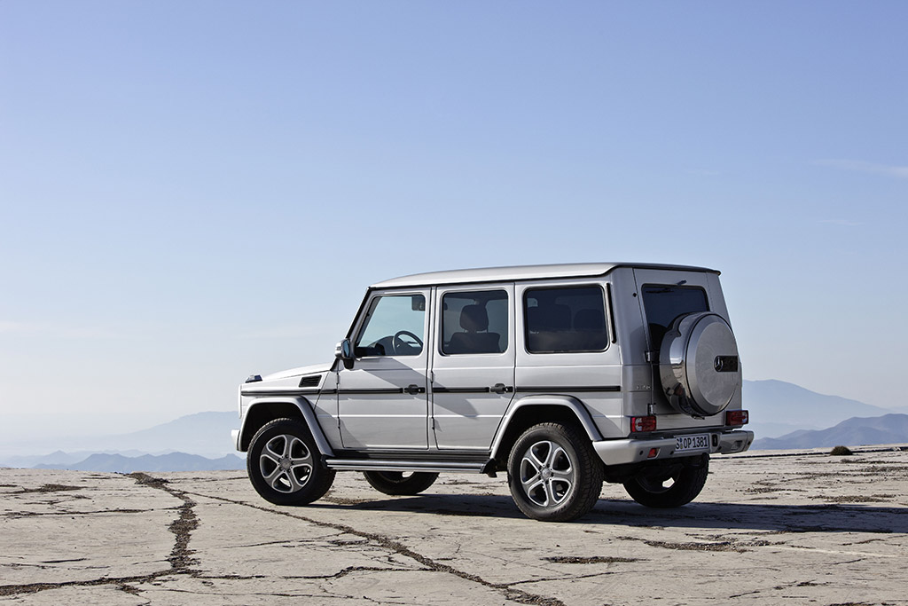 2013 mercedes g class uk photo 6 12474 for Mercedes benz g wagon 2013 price