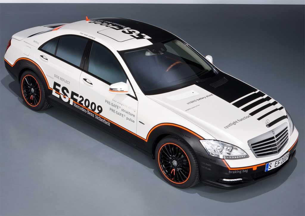 Mercedes ESF 2009 S400 Hybrid 4.jpg