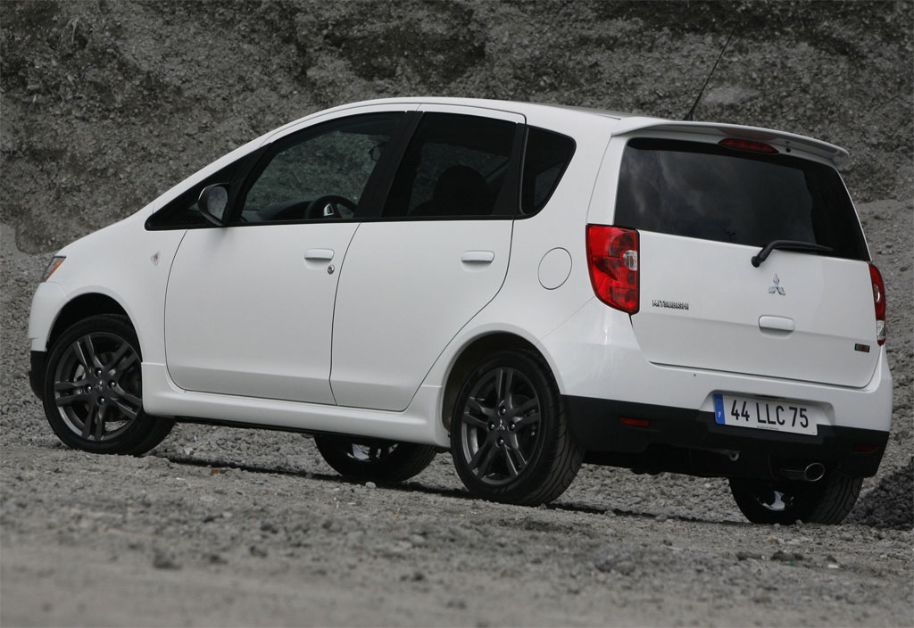 in both 3-door and 5-door body styles. The 2009 Mitsubishi Colt Ralliart